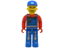 Minifigure 4668-1 Crewman with overalls with red shirt
