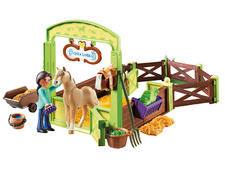 Pru & Chica Linda with Horse Stall