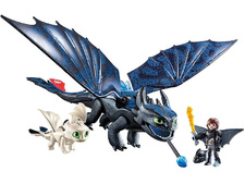 Hiccup and Toothless with Baby Dragon